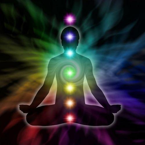 Energiesystem Heilung, die Hilfe für Aura, Chakras, Kundalini und mehr
