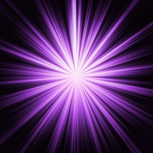 Violetter Strahl oder Violette Flamme, die Energie für Veränderung und Transformation
